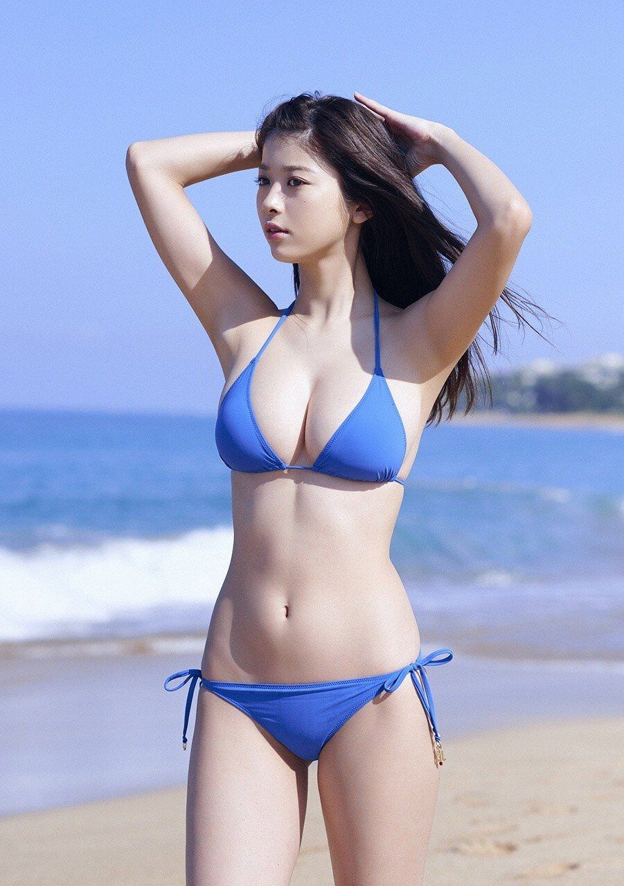Sexy asian swimsuit models
