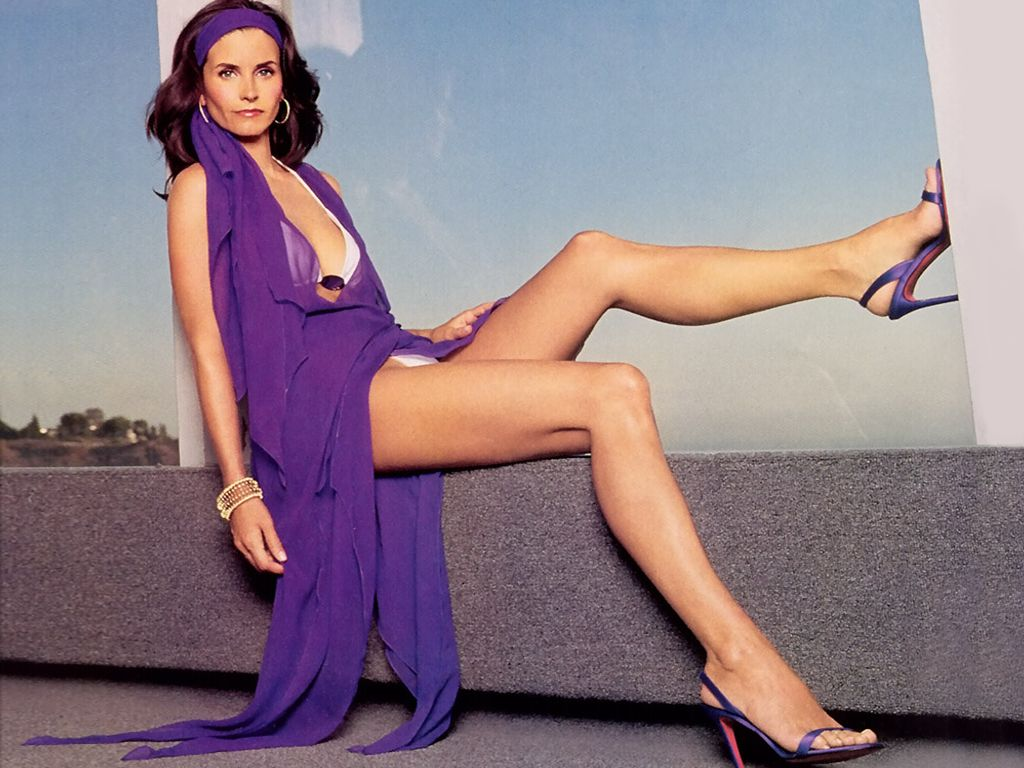Courteney cox sexy pictures