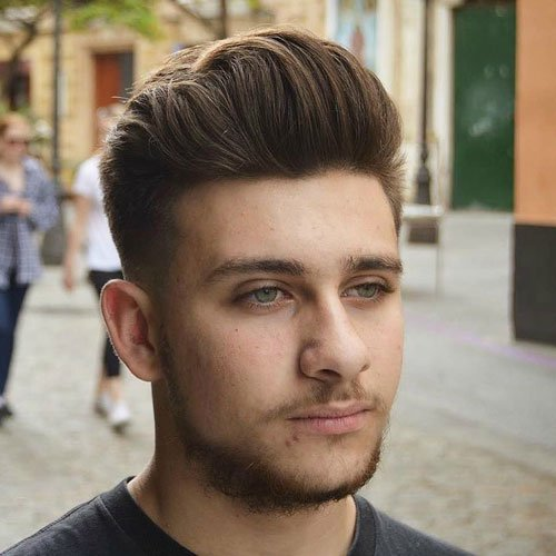 Haircut style for round face men