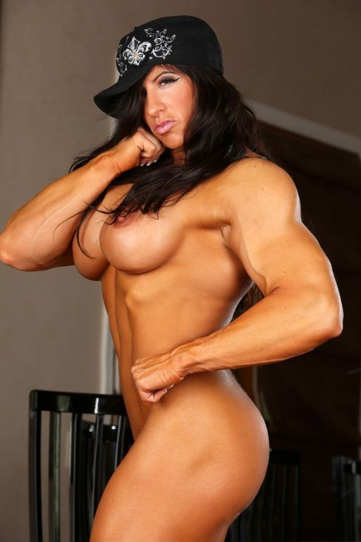 Bodybuilder female pornstar