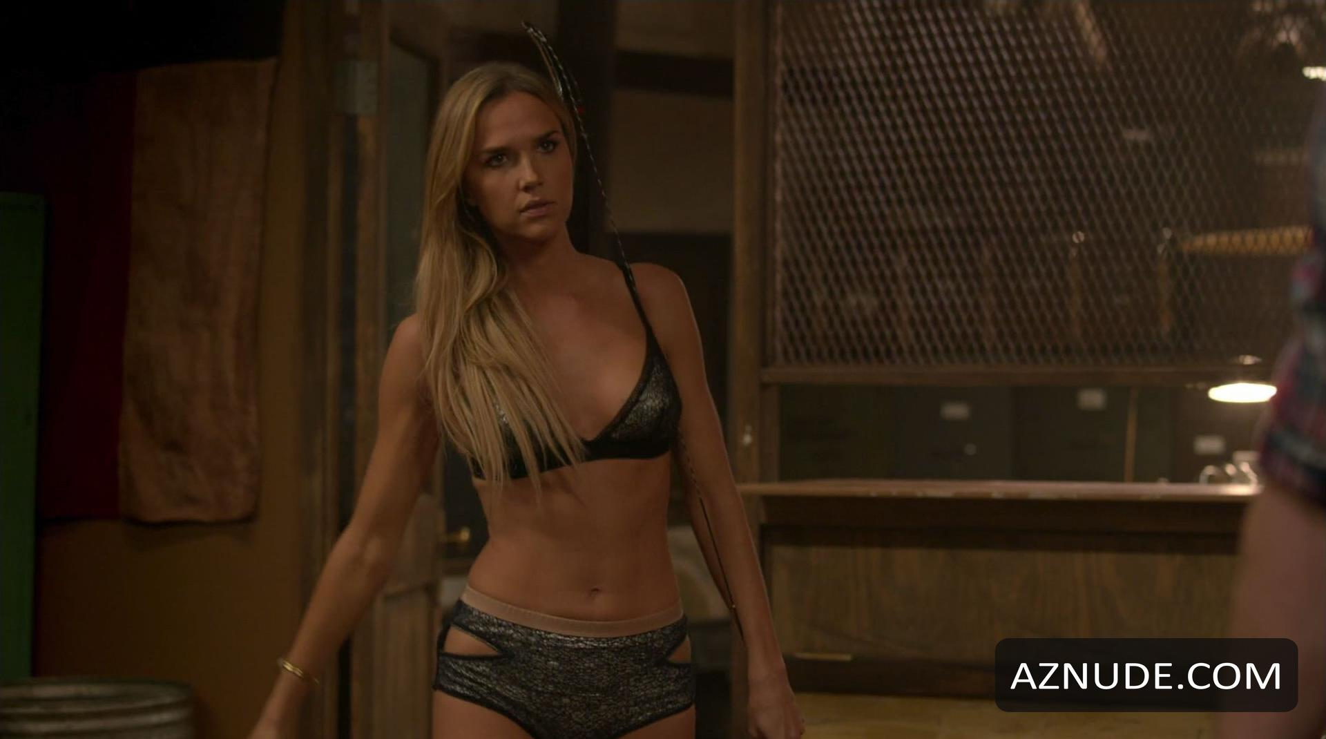 Arielle Kebbel Nude - Naked Pics and Sex Scenes at Mr. Skin