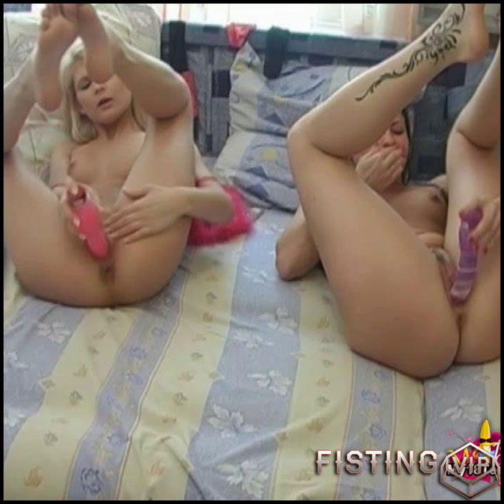 Lesbian sex with big toys