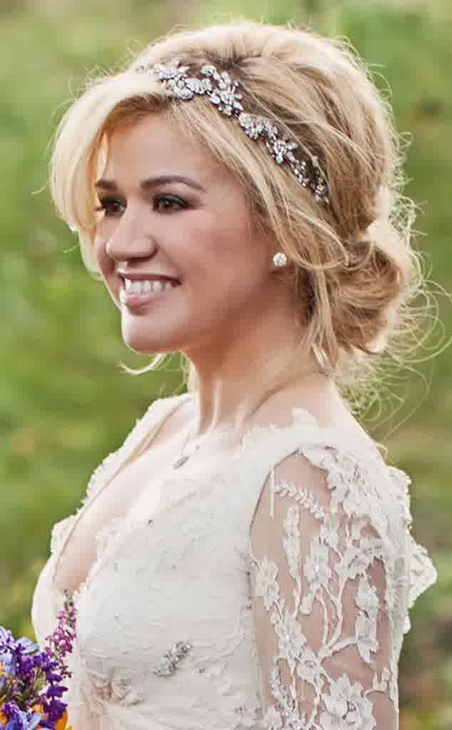 Shoulder length wedding hair